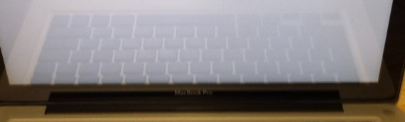 Question mark on Macbook Pro Screen